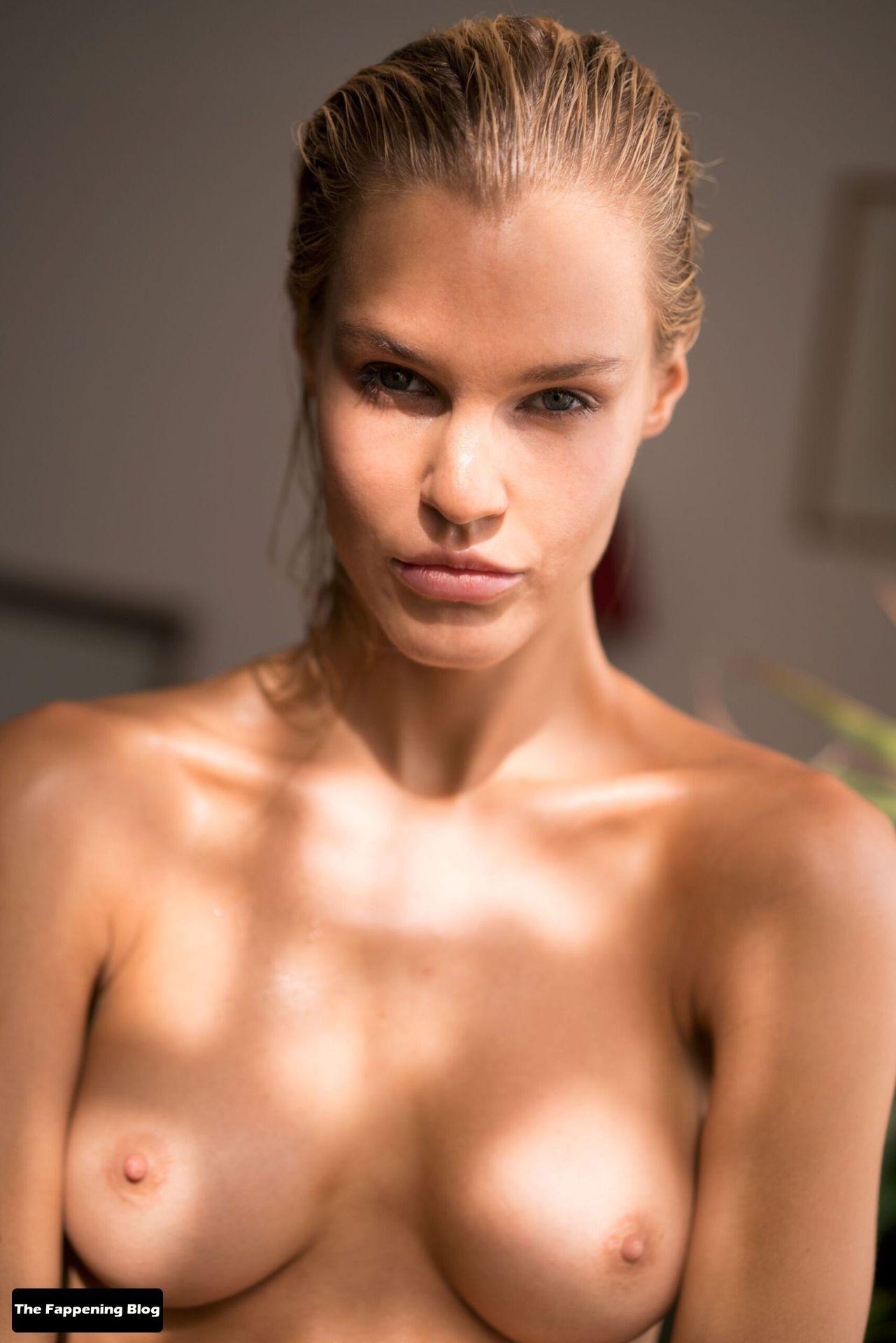 Joy Corrigan Nude Tits 19