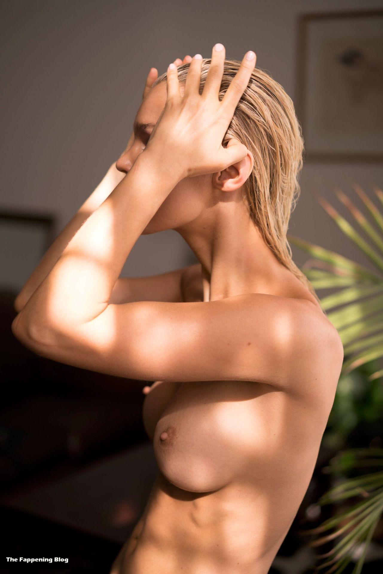 Joy Corrigan Nude Tits 9