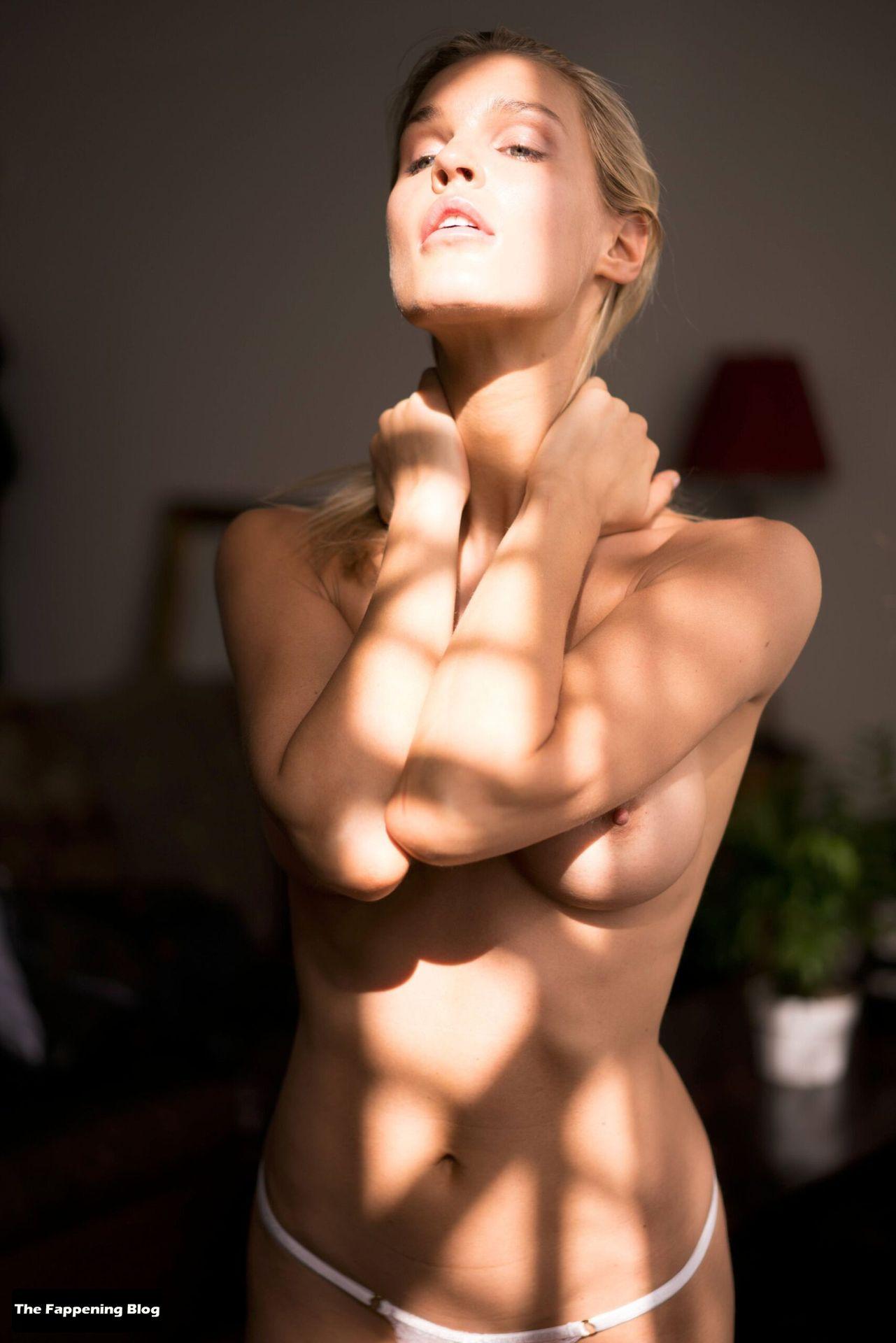 Joy Corrigan Nude Tits 23