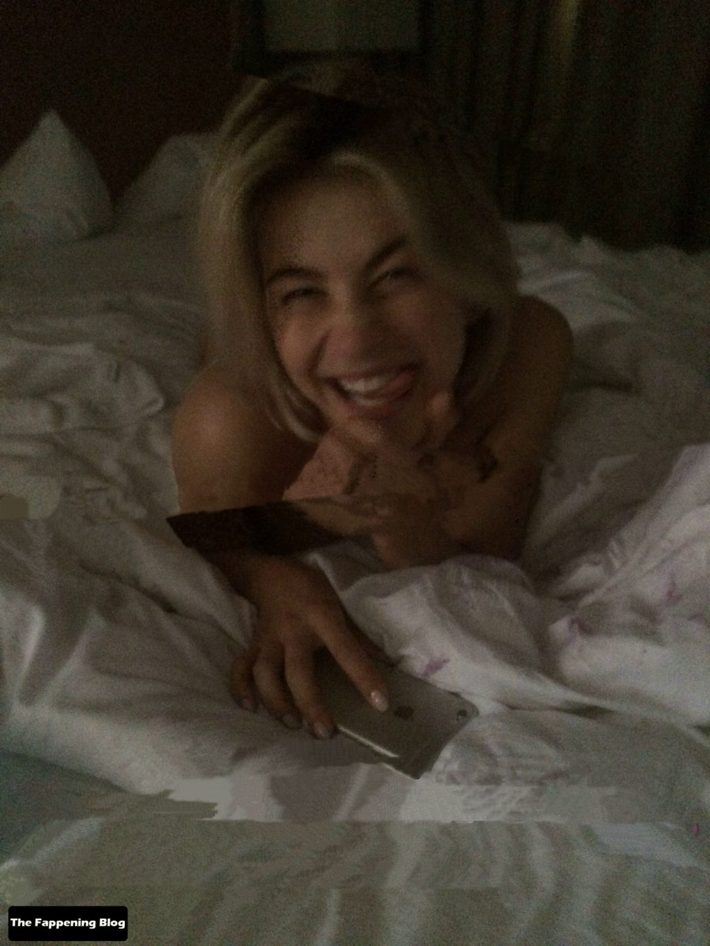Julianne Hough Nude Leaked The Fappening (2 Preview Photos)