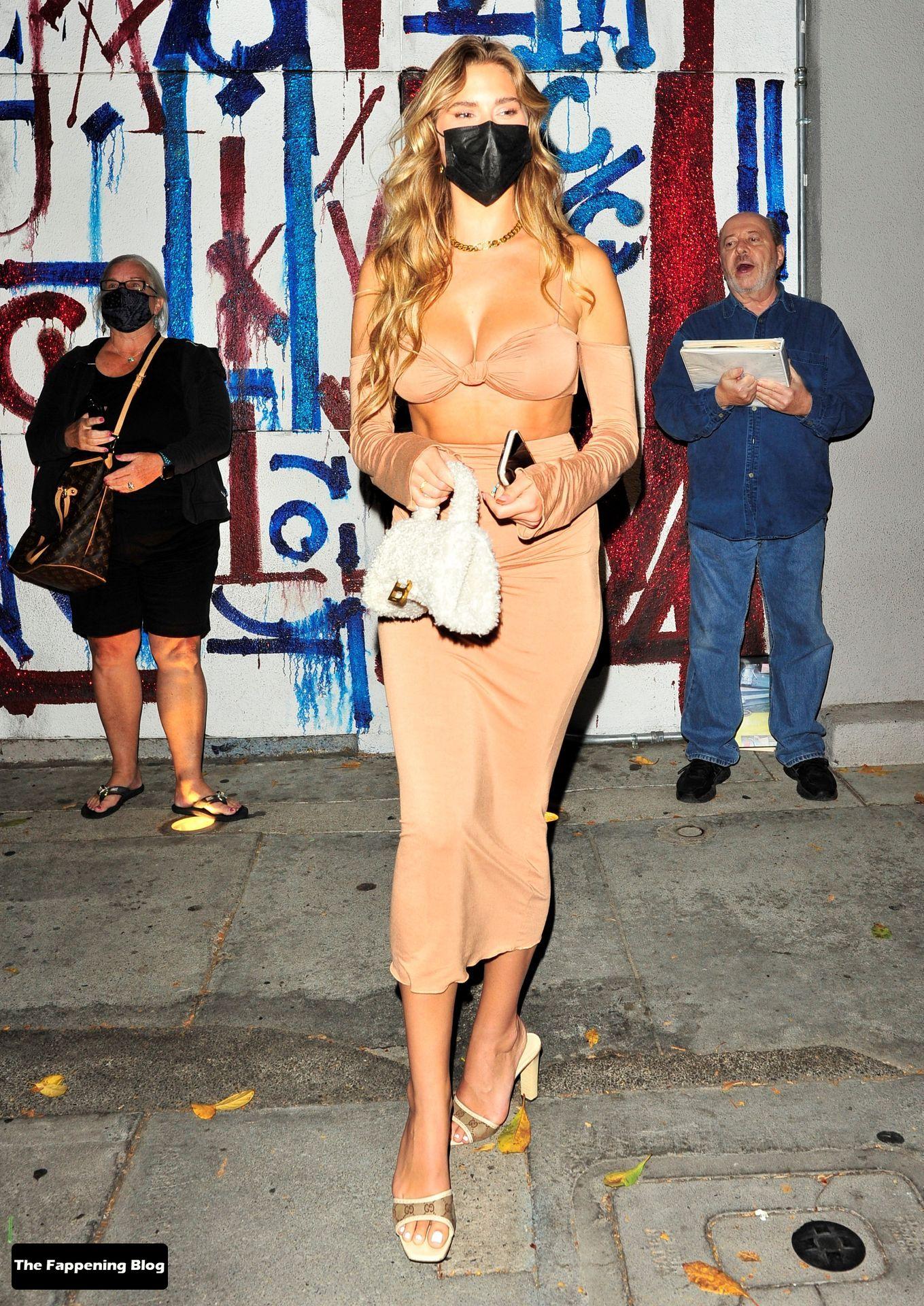 Kara-Del-Toro-Sexy-13-thefappeningblog.com_.jpg
