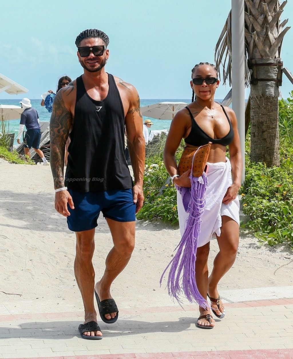 Pauly D & Nikki Hall Works On Their Tans Together in Miami Beach (27 Photos)