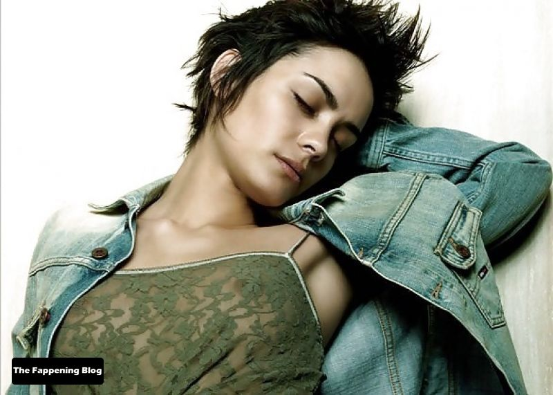 Shannyn Sossamon Nude & Sexy Collection (18 New Photos + Videos)