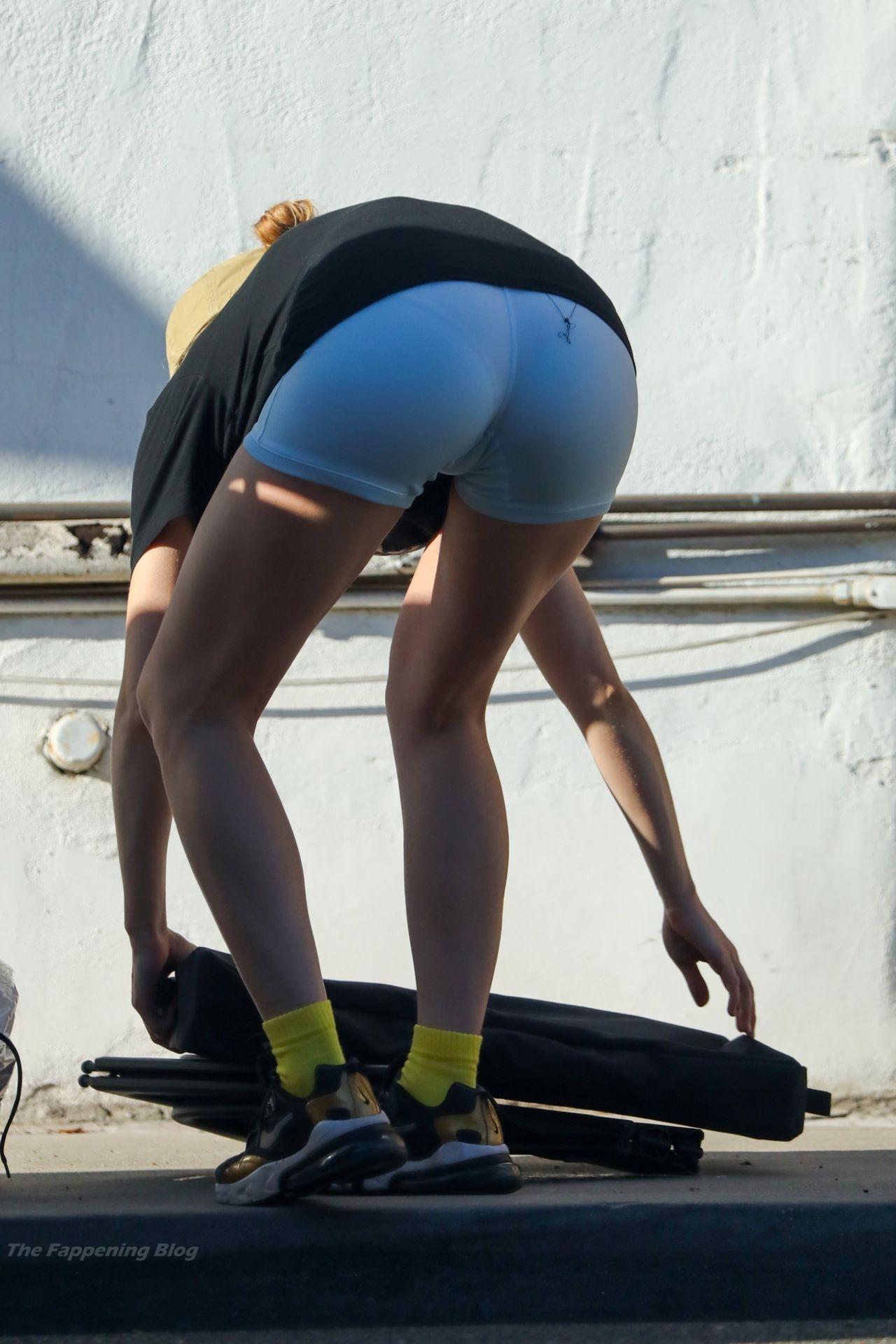 Suki-Waterhouse-Sexy-The-Fappening-Blog-19.jpg