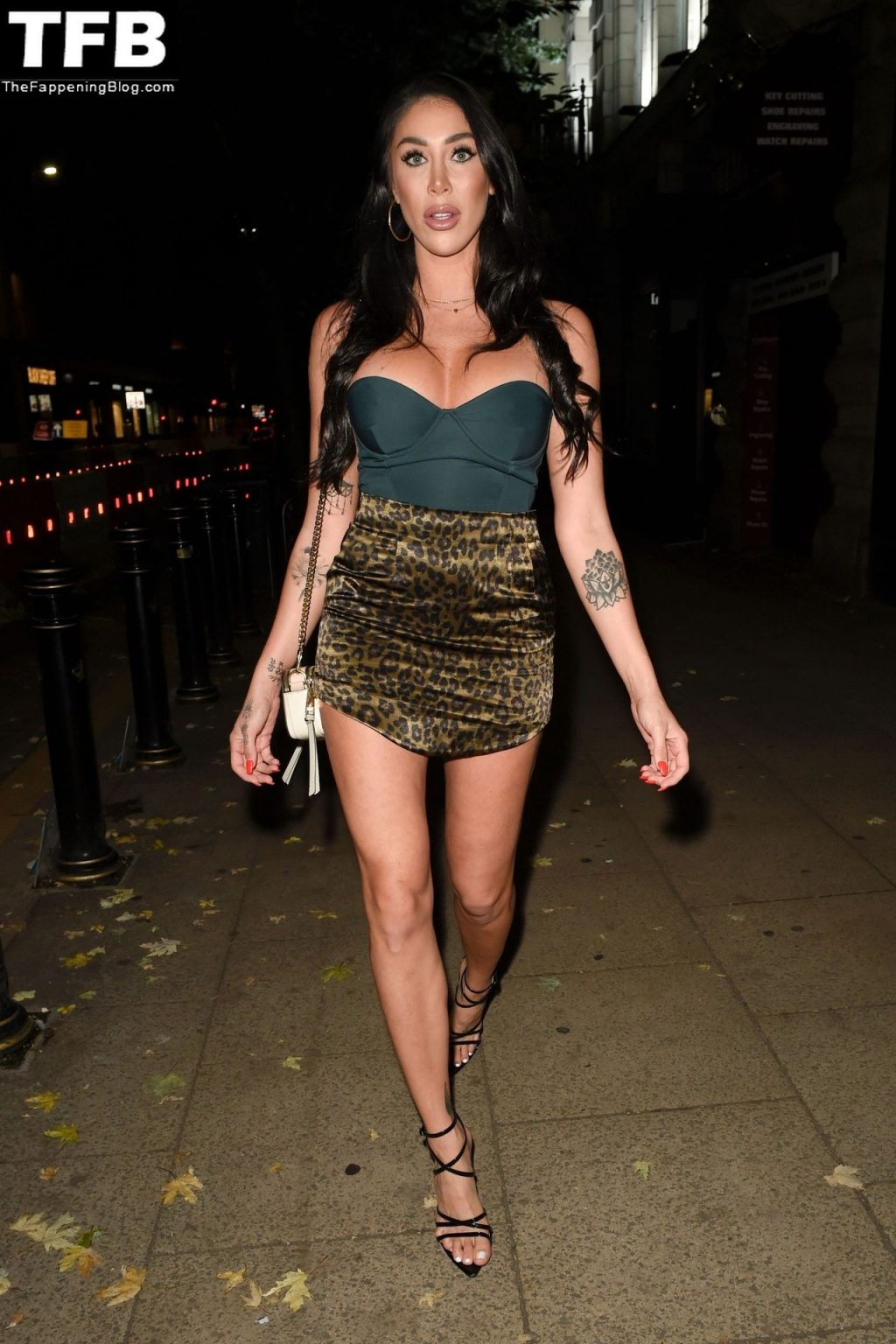 Leggy Tamara Joy Enjoys a Night Out at the Yours Restaurant in Manchester (30 Photos)