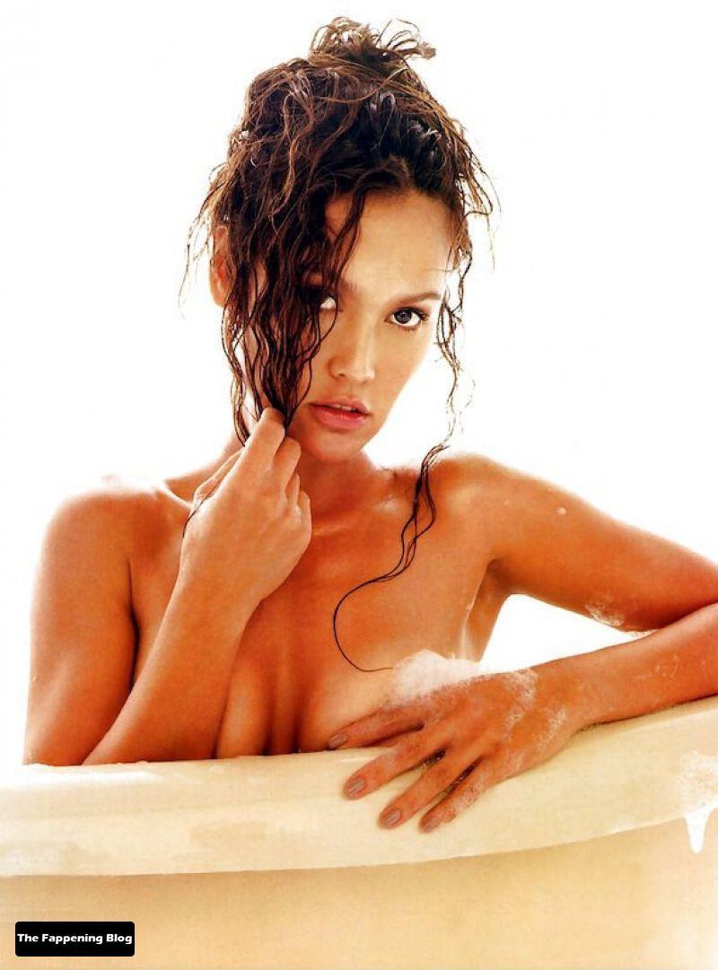 Tia-Carrere-Nude-14-thefappeningblog.com_.jpg