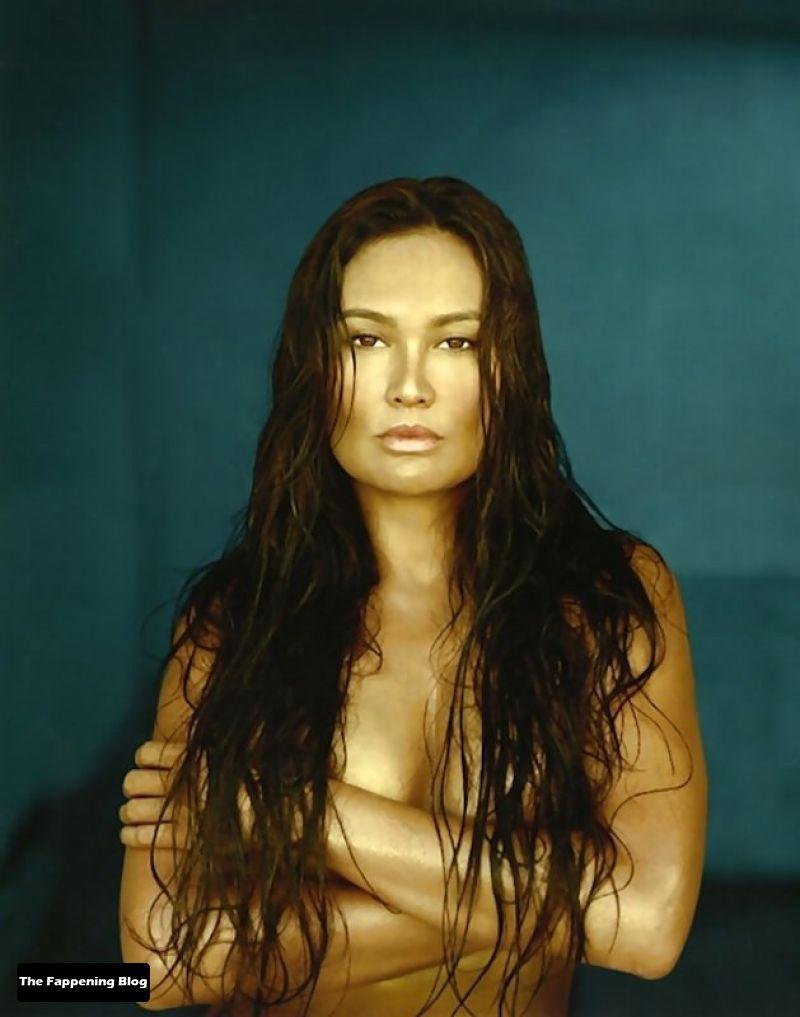 Tia-Carrere-Nude-18-thefappeningblog.com_.jpg
