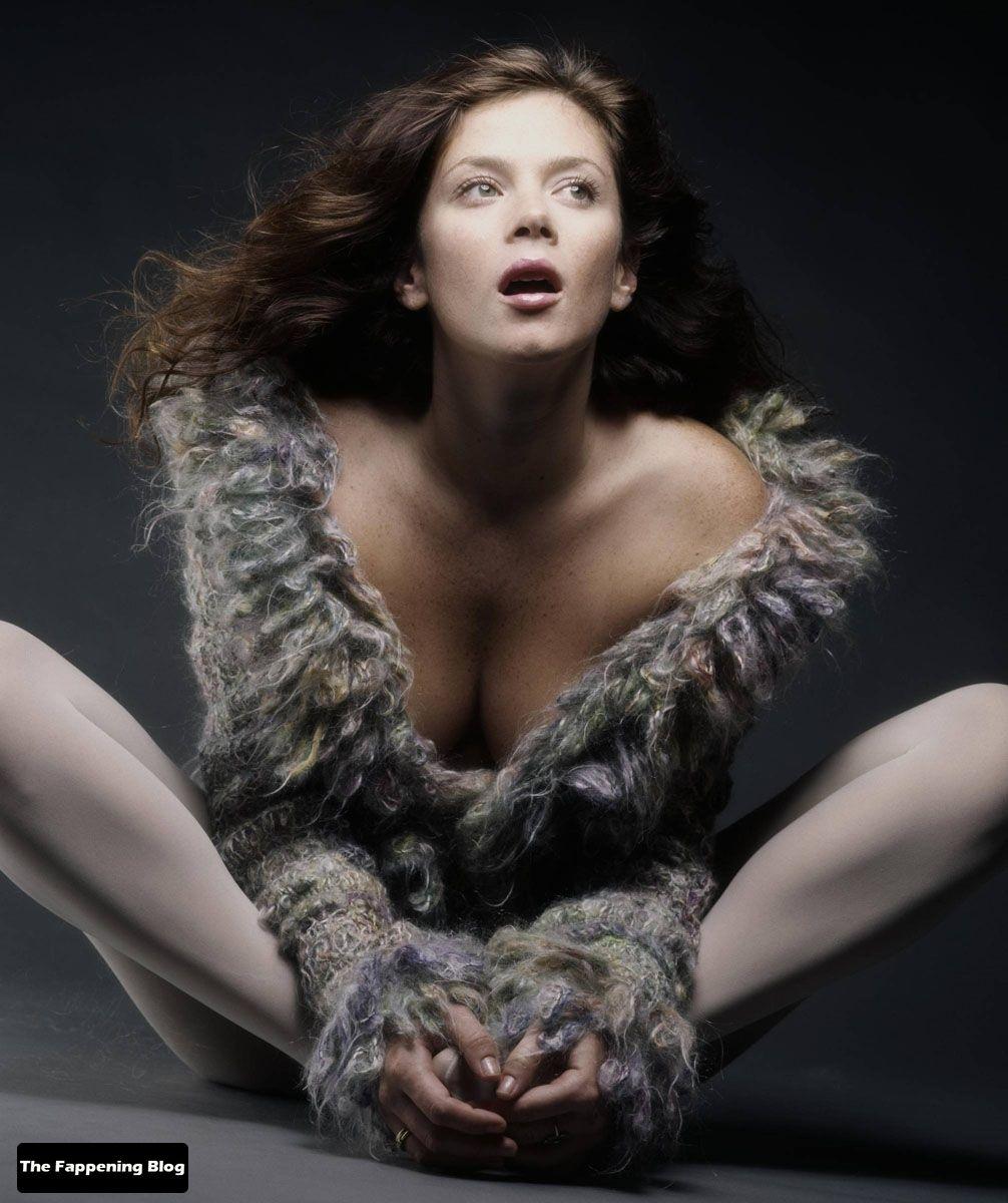 Anna Friel Nude & Sexy Collection (51 Photos + Videos)