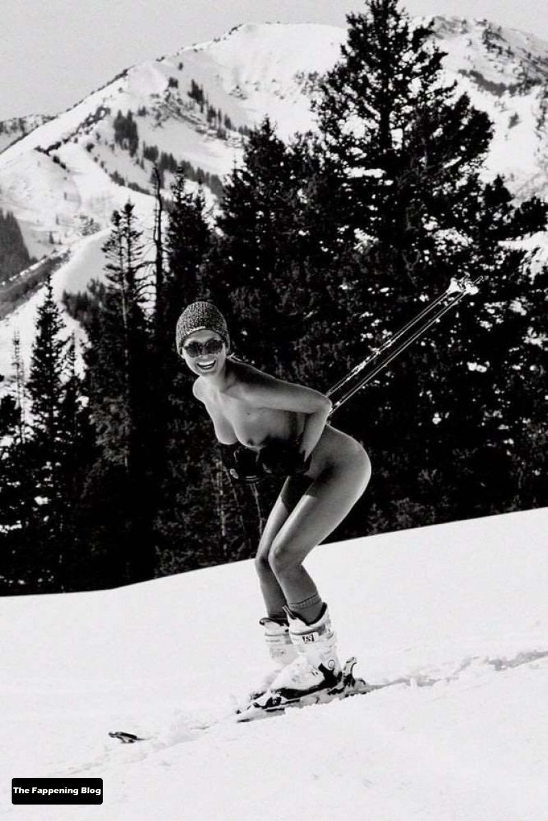 marisa-papen-Nude-Photos-20-thefappeningblog.com_.jpg