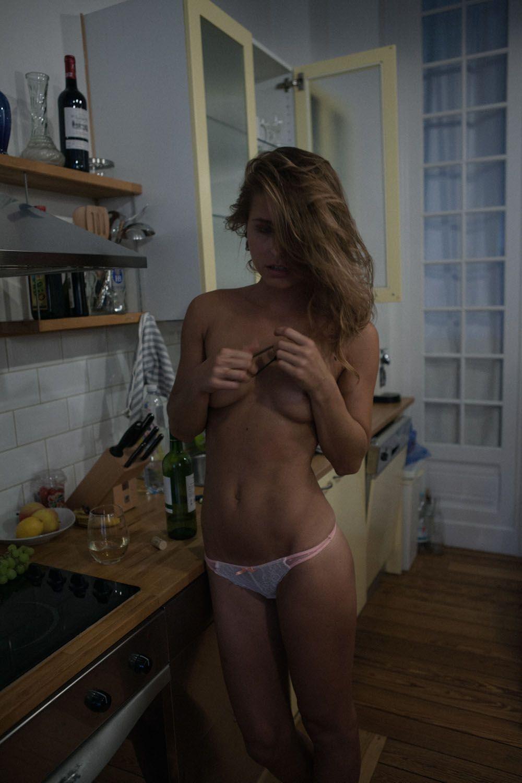 marisa-papen-Nude-Photos-37-thefappeningblog.com_.jpg