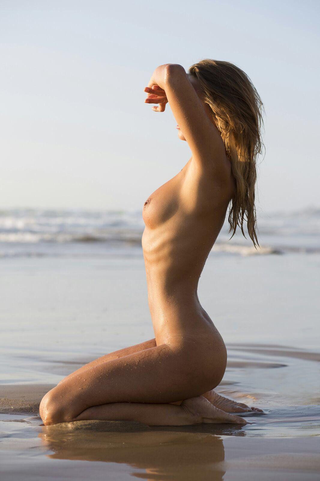marisa-papen-naked-60991-thefappeningblog.com_.jpg