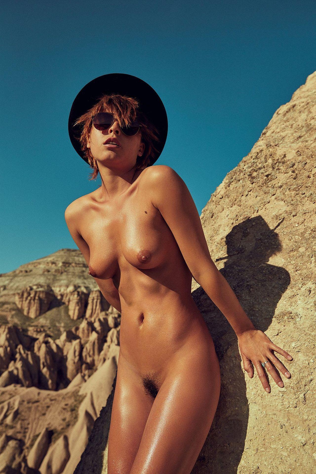 marisa-papen-nudes-729355-thefappeningblog.com_.jpg