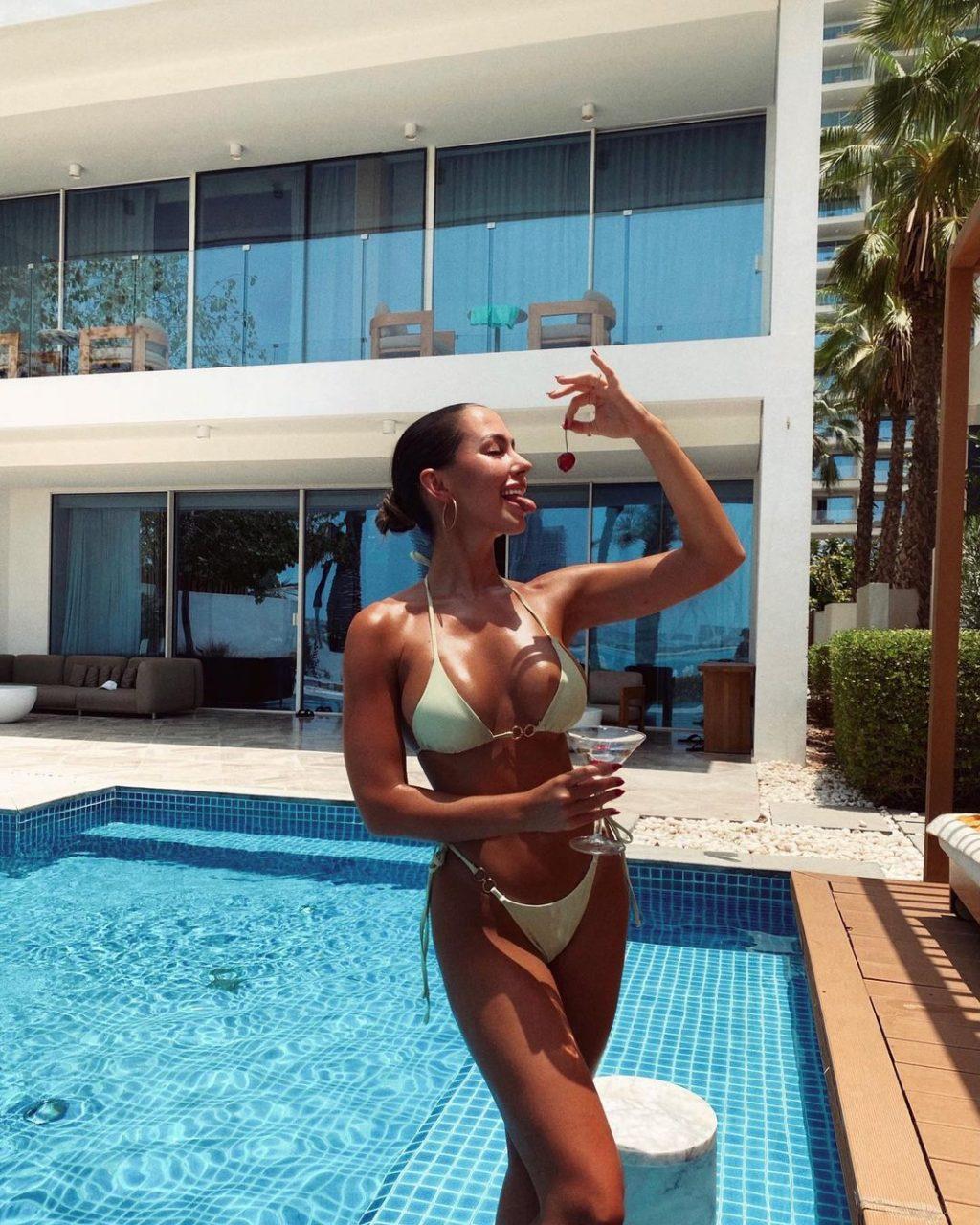 Patricia Noarbe Sexy Collection (12 Photos)