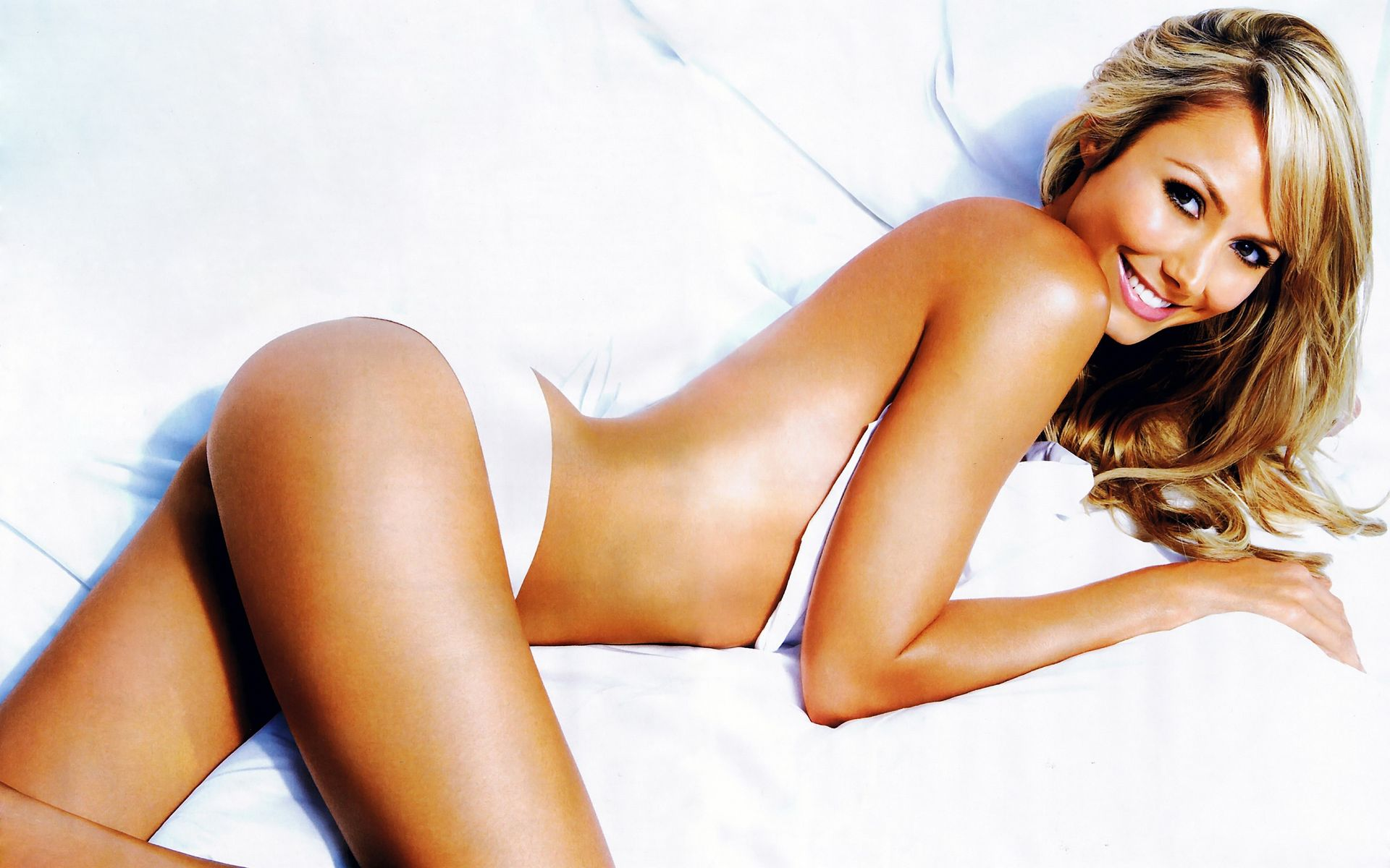 stacy-keibler-nude-sexy-22-thefappeningblog.com_.jpg