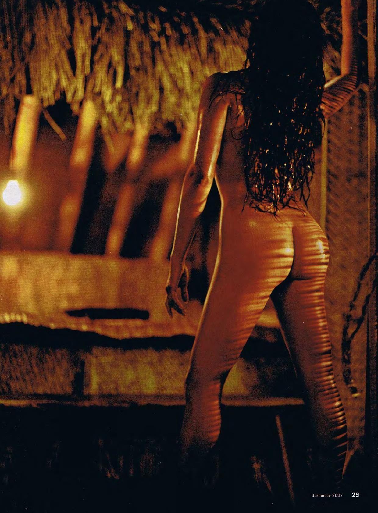 tia-carrere-nude-Sexy-13-thefappeningblog.com_.jpg