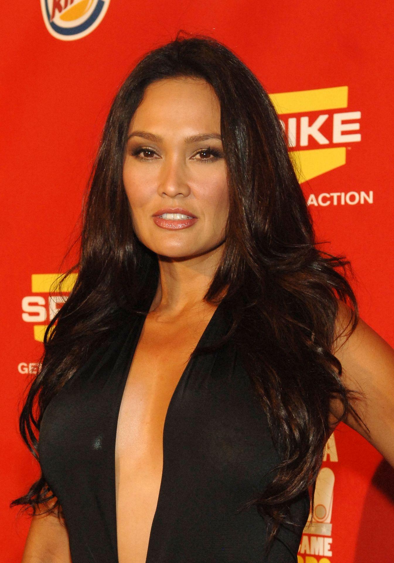 tia-carrere-nude-Sexy-33-thefappeningblog.com_.jpg